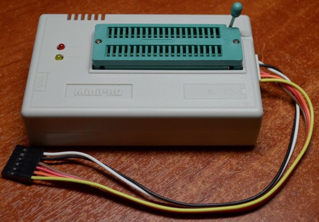 mini-pro-tl866-programmer-2