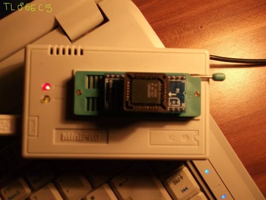 mini-pro-tl866cs-programmer-2