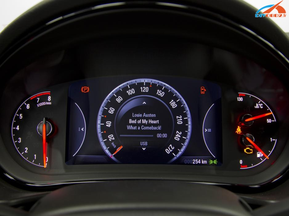 Opel-Insignia-1-6-SIDI-Turbo-004