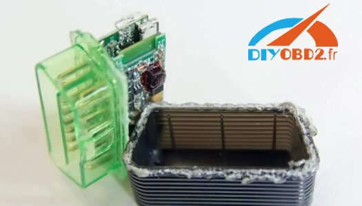 launch-m-diag-lite-pcb-board-compare-with-easydiag-1